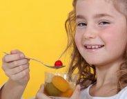 Risque d'étouffement: les aliments à éviter