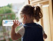 Laver et désinfecter les biberons : une priorité pour la santé de Bébé