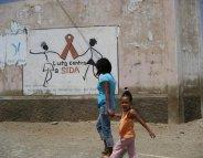 VIH/SIDA : traiter plus tôt pour anéantir les réservoirs