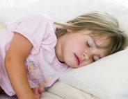 S'endormir toujours à la même heure aide à bien grandir