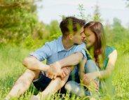 Vacances d'été : les premières amours adolescentes parfois douloureuses