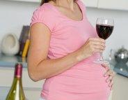 Binge drinking et grossesse : la scolarité des enfants en péril