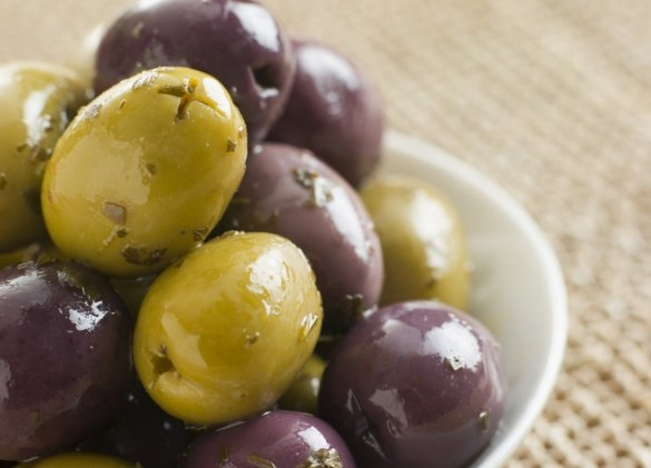 Healthy eating – extend the summer with olives