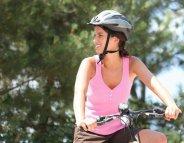 Vélo : un casque limite la sévérité des blessures