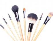 Maquillage : comment entretenir ses pinceaux ?
