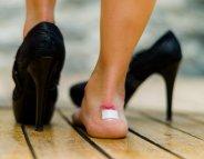 Chaussures neuves : comment éviter les ampoules aux pieds ?
