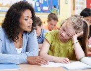 Votre enfant n'aime pas son enseignant. Comment réagir ?