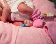 Cancer : accouchement prématuré, plus fréquent chez les survivantes