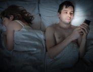 Adultère sur les réseaux sociaux : la jalousie selon les sexes