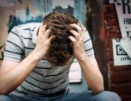 Suicide : les réseaux sociaux, un nouveau facteur de risque ?
