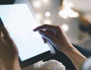 Ecrans : comment réduire notre exposition à la lumière bleue ?