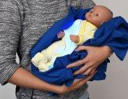 Jaunisse : un pyjama pour soigner Bébé