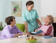 Korian : former pour soigner et prendre soin de nos aînés