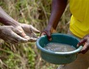 Les réfugiés congolais en Ouganda face à une flambée de choléra