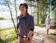 Après la ménopause, la marche active protège le coeur