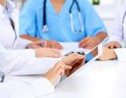 Médecins, infirmiers : la démographie française à la loupe