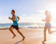 Courir pieds nus : liberté et précaution !