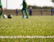 Les terrains de sport synthétiques ne seraient pas cancérogènes