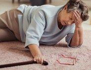 Chutes de personnes âgées, si fréquentes, si évitables