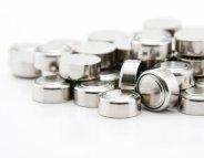 Jouets : les autorités alertent une nouvelle fois sur les piles boutons