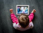 Les écrans liés à des retards de développement chez les tout-petits