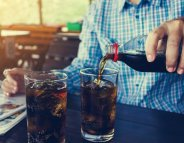 Sclérose en plaques : les boissons sucrées associées à des symptômes plus sévères