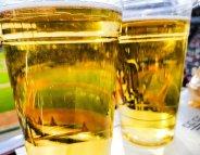 Alcool dans les stades : un hors-jeu sur le terrain de la prévention
