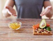 Vitamines, minéraux : préférez les aliments aux compléments