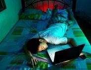 Adolescents : moins d'écrans pour un meilleur sommeil