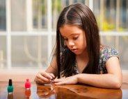 Maquillage pour enfants : le moins possible