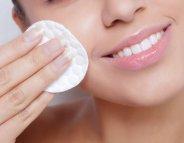 Quel démaquillant privilégier pour une peau nette?