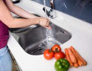 Comment éviter l'intoxication alimentaire à la maison?