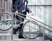 Se rendre au travail à pied ou à vélo réduirait le risque cardiaque