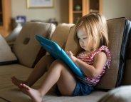 Ecrans le matin : 6 fois plus de risque de troubles du langage