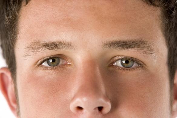 cannabis yeux