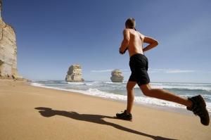 Coureurs à pied, un excès de vitamine C nuit à la performance. ©Phovoir