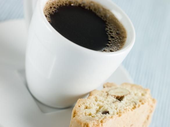 Des chercheurs français ont établi un lien entre la consommation de caféine et la protéine tau. ©Phovoir