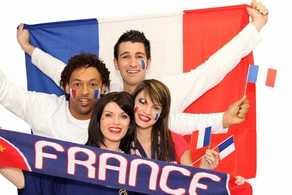 De nombreux supporters français sont en partance pour le Brésil. ©Phovoir