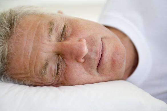 Les individus en surpoids, les personnes âgées et les femmes enceintes en surpoids, les femmes ménopausées en surpoids sont à risque d'apnée du sommeil. ©Phovoir