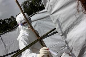 Au 6 août, 932 malades étaient décédés du virus Ebola. ©MSF