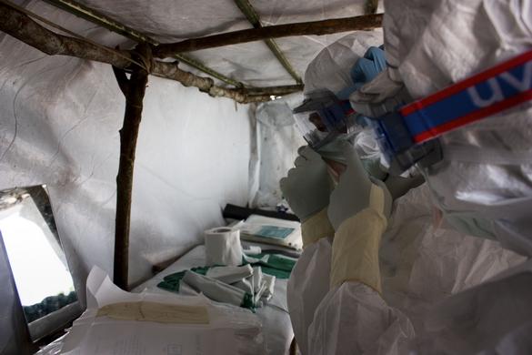 En six mois, l'épidémie d'Ebola a fait, selon le dernier bilan de l'OMS, 1 427 victimes. © Médecins du monde.