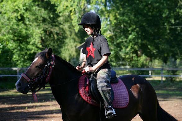 L'équitation, une bonne discipline pour gagner de la confiance en soi. ©Phovoir