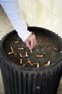 Pour arrêter de fumer, il est fortement recommandé de consulter un médecin spécialisé en addiction  ©Phovoir