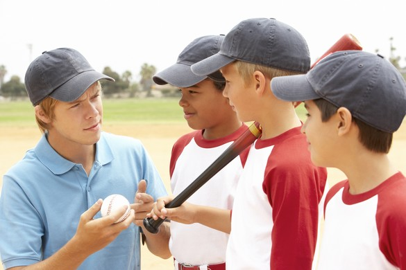 Au baseball, le jeune lanceur est très exposé aux blessures à l'épaule. ©Phovoir