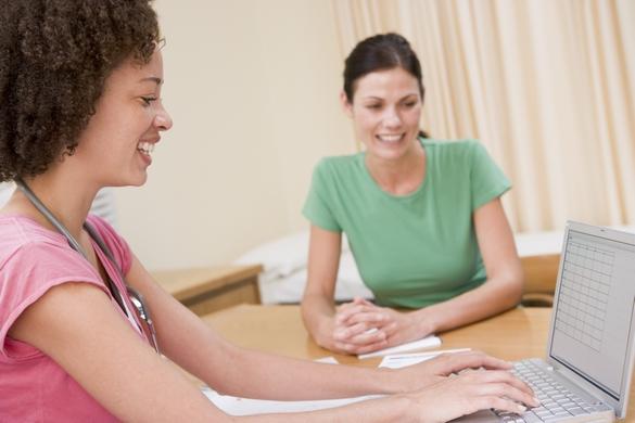 Avant de recourir à une contraception définitive, il est important d'en discuter avec votre gynécoloque. ©Phovoir