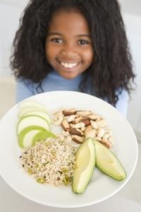Les fibres sont présentes dans les fruits et les légumes mais aussi dans les céréales et les légumes secs. ©Phovoir