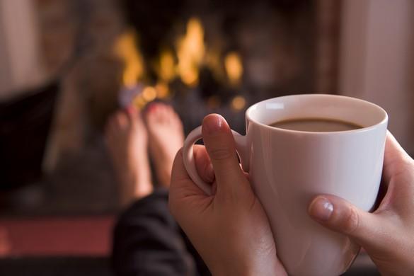 Boissons chaudes et feux de cheminée ne sont pas les seules armes contre le froid. ©Phovoir