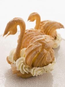 Rien de mieux qu'un cygne en pâte à chou pour mettre en valeur une mousse de foie gras. ©Phovoir