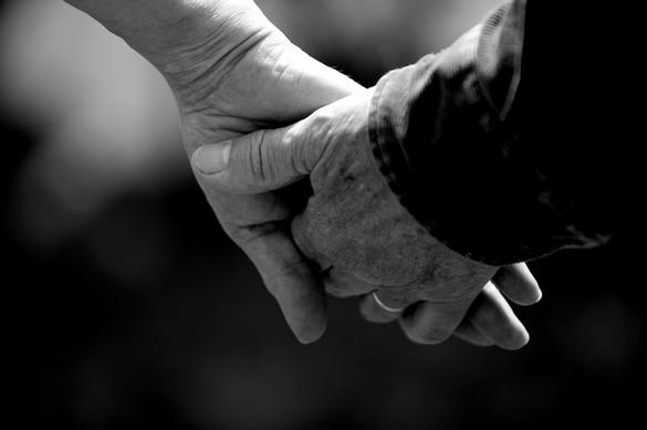 http://www.cht-ranceemeraude.fr/tl_files/_media/images/Droits_et_devoirs/formulaire_personne-confiance.pdf