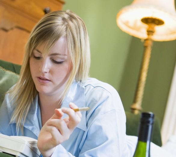 A tabagisme égal, les femmes seraient plus touchées par le cancer du poumon que les hommes. ©Phovoir